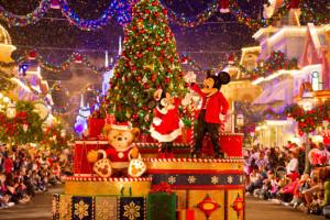 ディズニークリスマス徹底紹介ランドとシーの違いはディズニー